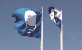 Costa da Lourinhã tem três praias com bandeira azul e a região Oeste contemplada com 29 pela ABAE