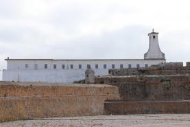 Município de Peniche lança concurso de 1,4 milhões para reabilitar muralha da cidade e zona envolvente