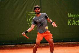 Ténis: Gastão Elias e Tiago Cação na segunda ronda do 'Oeiras Open'