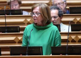 Deputada do PS pede ao Governo um médico de família para a extensão de saúde de Ribamar
