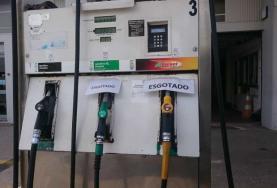 Greve dos motoristas de matérias perigosas provoca corrida aos postos de combustíveis no concelho da Lourinhã