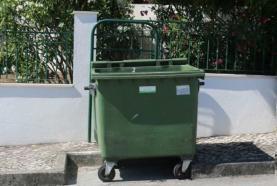 Alterações à recolha do lixo doméstico no concelho da Lourinhã por causa do Natal e do Ano Novo