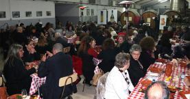 Iniciativa 'O Fado vai à Adega' juntou uma centena de pessoas