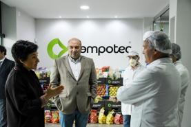 COVID-19: Ministra da Agricultura visitou empresa torriense de hortofruticultura