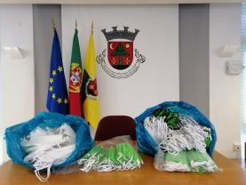 COVID-19: Município da Lourinhã avança com parceria local para produção de máscaras de prevenção