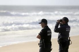 Peniche: continuam as buscas por turista desaparecido no mar