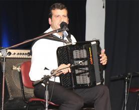 Acordeonista Rodrigo Maurício homenageado este sábado na Bairrada