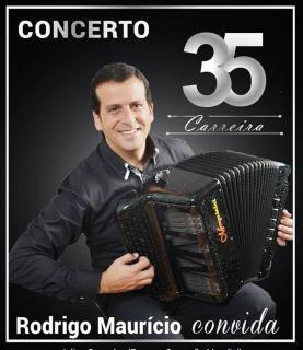 Acordeonista lourinhanense Rodrigo Maurício assinala 35 anos de carreira