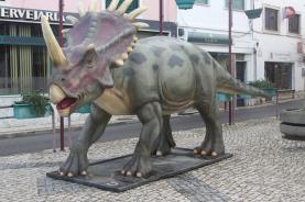 Modelos em tamanho real para a 'Rota Urbana dos Dinossauros' estão a chegar à Lourinhã