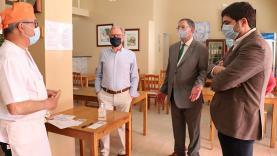 Executivo camarário visitou estabelecimentos comerciais na vila lourinhanense